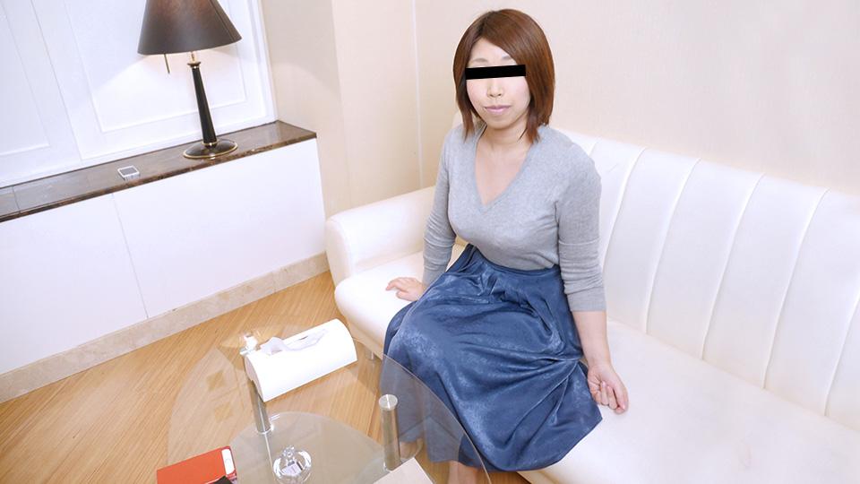 020620_01-10MU OLのお姉さんがはじめてのごっくんに挑戦!