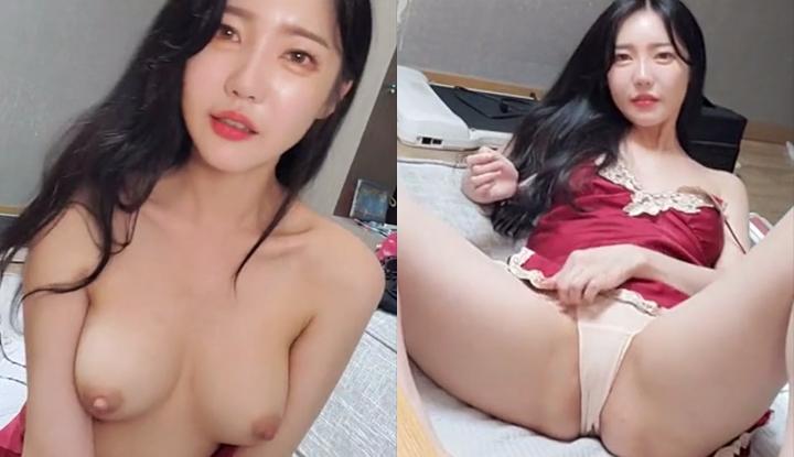 [韓國] 性感小姐姐熱舞到體溫身高,只好脫了大展美乳給網友看~